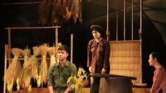 Sau khi đem lại tiếng cười, Nhà hát Kịch Việt Nam sẽ 'lấy nước mắt khán giả' với Điều còn lại