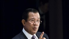Campuchia viết sách ca ngợi ông Hun Sen là 'người hùng lội ngược dòng' trong đại dịch COVID-19