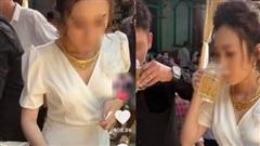 Hành động gây choáng của cô dâu nhận 400 ngàn lượt like, nguyên nhân từ trò thử thách gây tranh cãi nhưng chú rể mới là người 'đáng trách'?