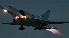 EW cực mạnh giúp Tu-22M3M bảo vệ cho cả đội bay