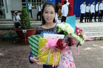 Cô giáo hát cải lương Truyện Kiều, học sinh say sưa theo câu văn biết 'nhảy múa'