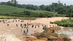 Phú Thọ, vỡ đập thủy lợi, nhiều hộ dân phải di dời