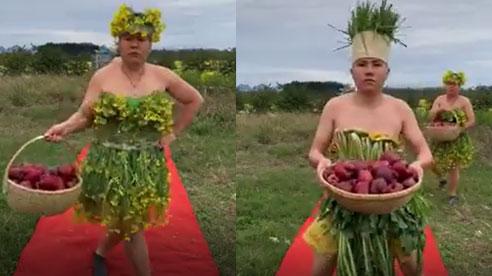 Màn trình diễn thời trang 'bá đạo' khiến người xem cười ra nước mắt