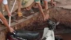 Đắk Lắk: 'Hố tử thần' xuất hiện trong sân trường học