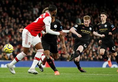 Trận Man City-Arsenal sẽ mở màn Premier League ngày trở lại