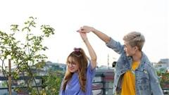 Hot streamer Cô Ngân được xinh hết lời khi 'cặp kè' cùng Gao Bạc trong loạt ảnh hậu trường Free Fire