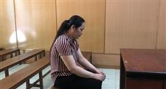 Nữ nhân viên chiếm đoạt hàng tỉ đồng của cơ quan để đánh bạc