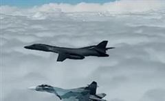 Su-27, Su-30 Nga đồng loạt xuất kích truy đuổi máy bay ném bom hạt nhân chiến lược của Mỹ