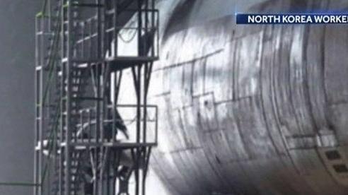 Phát hiện vật thể liên quan tới tàu ngầm mới tại xưởng đóng tàu của Triều Tiên