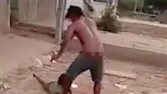 CLIP: Bắt giam kẻ hành hạ dã man con gái 6 tuổi gây phẫn nộ