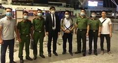 Trốn truy nã ở Hà Nội, đối tượng lừa đảo người Hàn Quốc ra đầu thú