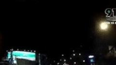Clip: Cố tình vượt đèn đỏ khi qua ngã tư, người phụ nữ bị ô tô húc văng