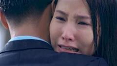 'Tình yêu và tham vọng' tập 21, Minh đau khổ khi thấy Linh ôm Sơn khóc dưới mưa