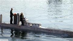 Giữa 100 tàu mới của Iran bỗng nổi bật 1 'tàu ngầm' bí ẩn: Năng lực đáng gờm sắp xuất hiện?