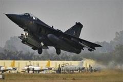 Không quân Ấn Độ đưa vào trang bị máy bay chiến đấu nội địa Tejas Mk-1A