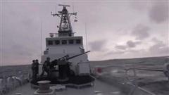 Mang tàu Mỹ ra dọa chiến hạm Nga trên Biển Đen, Ukraine 'điếc không sợ súng'?
