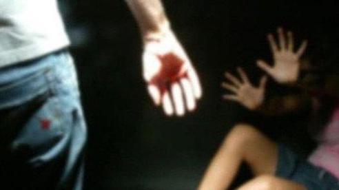 Người cha đồi bại hiếp dâm con gái lĩnh 16 năm tù