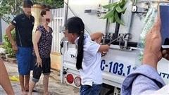 Cơ quan chức năng vào cuộc vụ cháu gái 12 tuổi bị gia đình trói vào thùng xe tải vì nghi trộm tiền