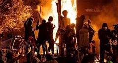(NÓNG TUẦN QUA) Mỹ chìm trong bạo loạn; Iran và Venezuela có động thái bất ngờ