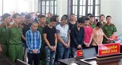 Đua xe trong thời gian chống dịch, 14 thanh niên lĩnh án tù