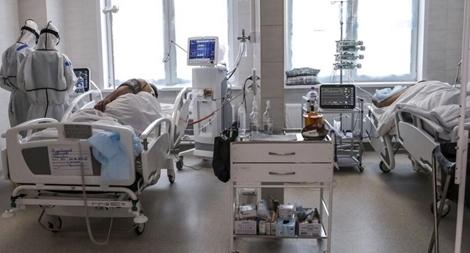 Số ca nhiễm vượt 414.000, Nga cấp phép thuốc chữa COVID-19
