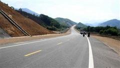 Ủy ban Thường vụ Quốc hội đề nghị chỉ chuyển đổi 3 dự án cao tốc Bắc - Nam sang đầu tư công