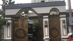 Vì sao người đàn ông bị sát hại trong căn nhà kín cổng cao tường ở TP HCM?