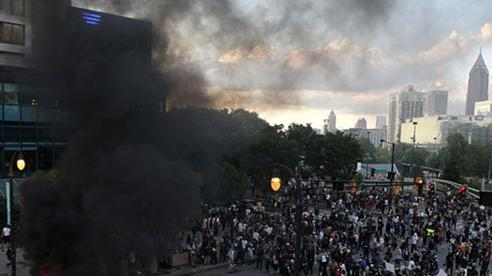 Bạo loạn nghiêm trọng tại Mỹ: Nhà Trắng cảnh báo các nhân viên che giấu lộ trình đi làm