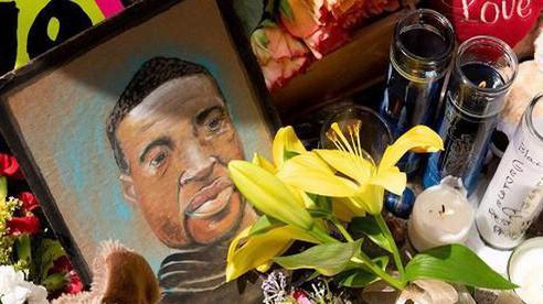 Điều ít biết về người đàn ông bị cảnh sát ghì chết khiến nước Mỹ phải trải qua cơn ác mộng chưa hồi kết