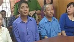 Cựu trưởng Ban giải phóng mặt bằng mang hơn 10 tỷ cho vay 'vung vít'