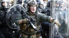 Tránh 'tiếp tay' cho cảnh sát Mỹ: Anh sẽ đóng băng xuất khẩu lô vũ khí trị giá hàng triệu USD?