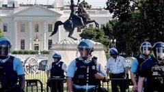 Bạo động tại Mỹ: Đốm lửa nhỏ, ngọn lửa lớn
