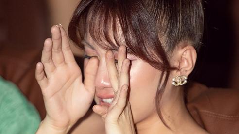 Emma Nhất Khanh bật khóc nức nở, kể chuyện nỗ lực giảm 10kg sau khi rời nhóm LIME
