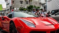 Bị cộng đồng mạng 'gạch đá', Ferrari 488 GTB độ Liberty Walk độc nhất Việt Nam lại 'lột xác' sang màu áo mới