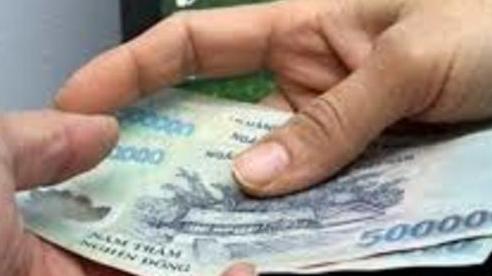 Bắt thiếu úy cảnh sát nhận hối lộ của người đánh đề