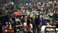 Hàng trăm 'dân chơi' tháo chạy tán loạn khỏi quán bar ở Sài Gòn khi bị kiểm tra