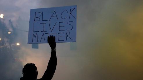Vì sao người da màu nổi giận?