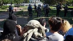 NÓNG! Biểu tình Mỹ: 1.600 binh sĩ tới khu vực thủ đô, ông Biden cam kết hàn gắn 'vết thương chủng tộc'