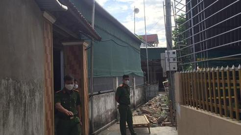Hà Tĩnh: Bàng hoàng phát hiện 3 người tử vong dưới chân cột điện