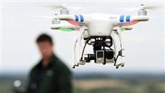 Chơi flycam gần sân bay có thể bị phạt đến 60 triệu đồng