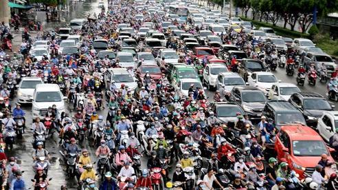 TP HCM: Ngập nước lại kẹt xe, hàng ngàn người bơ phờ