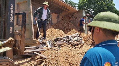 ĐỪNG LỠ ngày 4/6: Kinh hoàng, xe tải chở đất đè bẹp ô tô con chở 4 người; Bảo vệ đâm hiệu trưởng và gần 40 học sinh