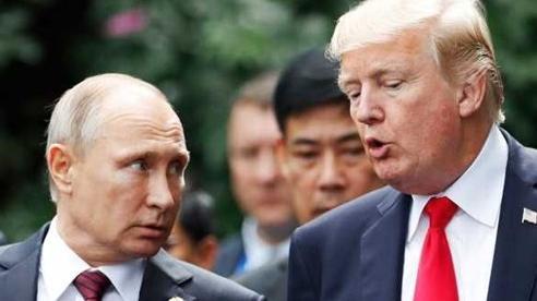 Tổng thống Trump muốn ký hiệp ước hạt nhân với Nga, công khai khen ngợi ông Putin