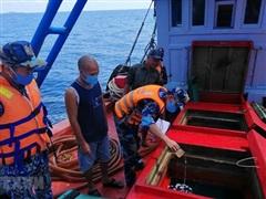 Mua bán, vận chuyển trái phép xăng, dầu trên biển diễn ra phức tạp
