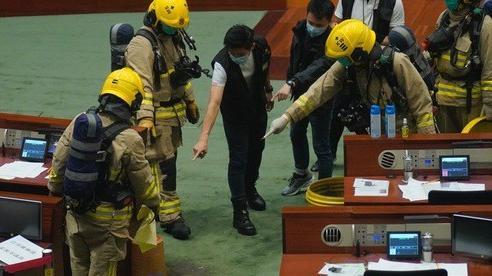 Hồng Kông thông qua luật quốc ca Trung Quốc