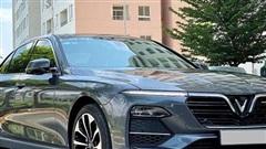 Chủ xe bán VinFast Lux A2.0 sau 4.000km, giá ngang xe mới được hỗ trợ 100% trước bạ