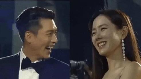Bức ảnh hot nhất sự kiện Baeksang 2020: Hyun Bin - Son Ye Jin ngồi cách xa nhau nhưng vẫn tranh thủ liếc mắt đưa tình