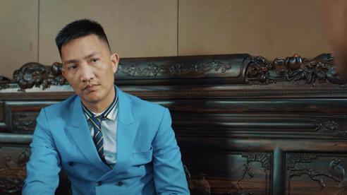 Chỉ sau 1 đêm, MV ca nhạc quảng cáo game đánh bạc online của giang hồ mạng Huấn Hoa Hồng đã 'bay màu' trên Youtube