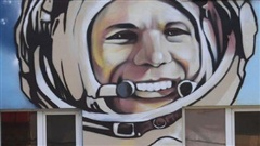 Nga chế tạo thang máy chào khách bằng giọng nói của nhà du hành vũ trụ Gagarin
