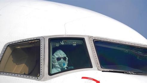 Mỹ vừa làm căng, Bắc Kinh hạ nhiệt mở cửa hàng không